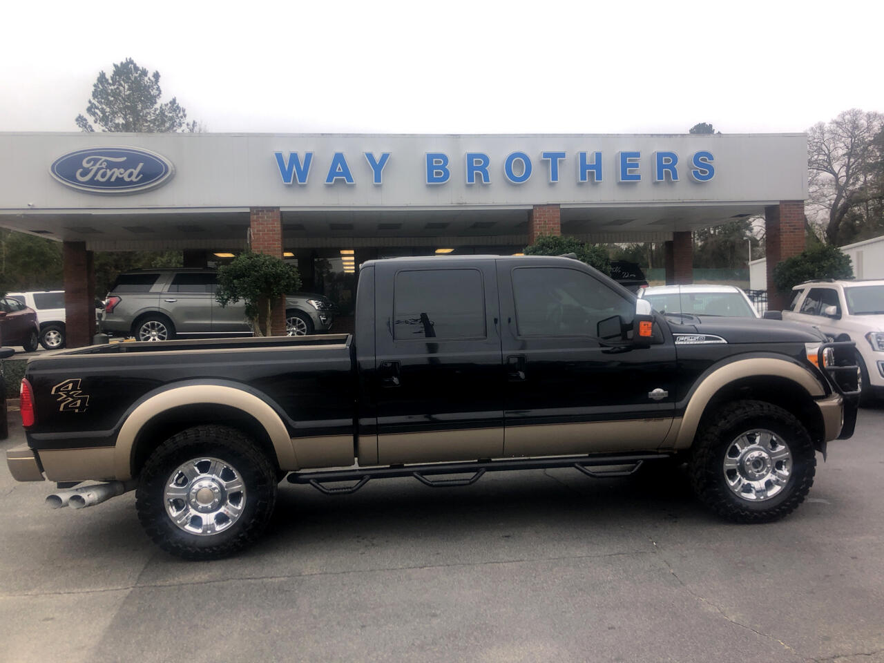 2012 Ford F-250 SD Crew Cab Short Bed Harley Davidson