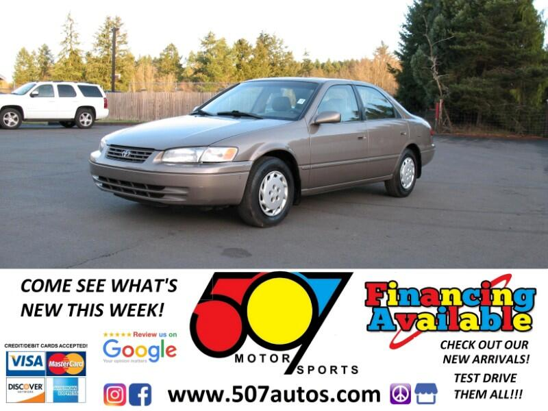 1999 Toyota Camry 4dr Sdn XLE Auto