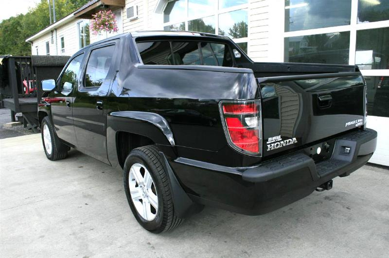 2013 Honda Ridgeline RTL w/ Leather