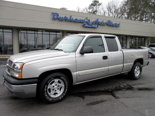 2004 Chevrolet Silverado 1500 LS Ext. Cab Short Bed 2WD