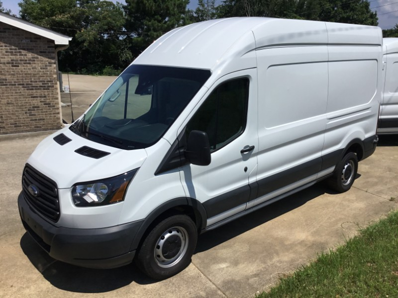 Ford Transit 250 Van High Roof w/Sliding Pass. 148-in. WB 2018