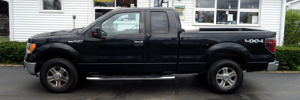 Ford F-150 XL SuperCab 8-ft. Bed 4WD 2010