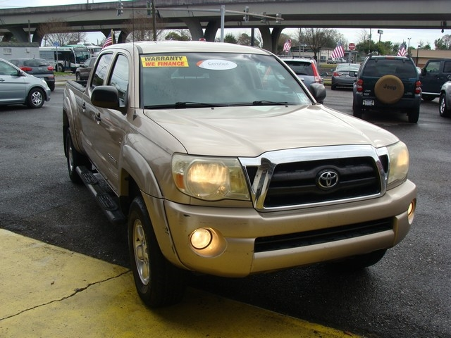 2007 Toyota Tacoma 2WD Double 141 V6 AT PreRunner Natl