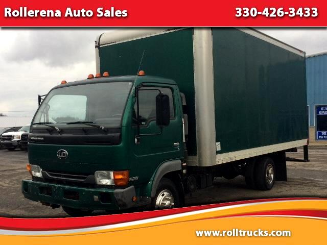 2002 Nissan UD1200 Box Truck
