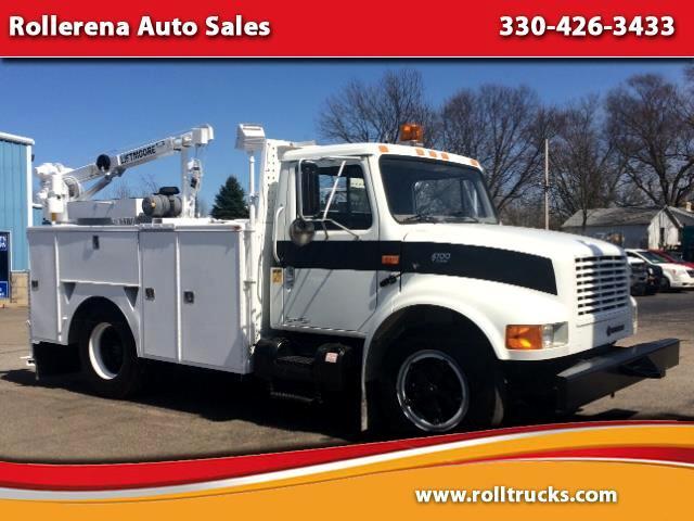 2000 International 4700 Mechanics Truck