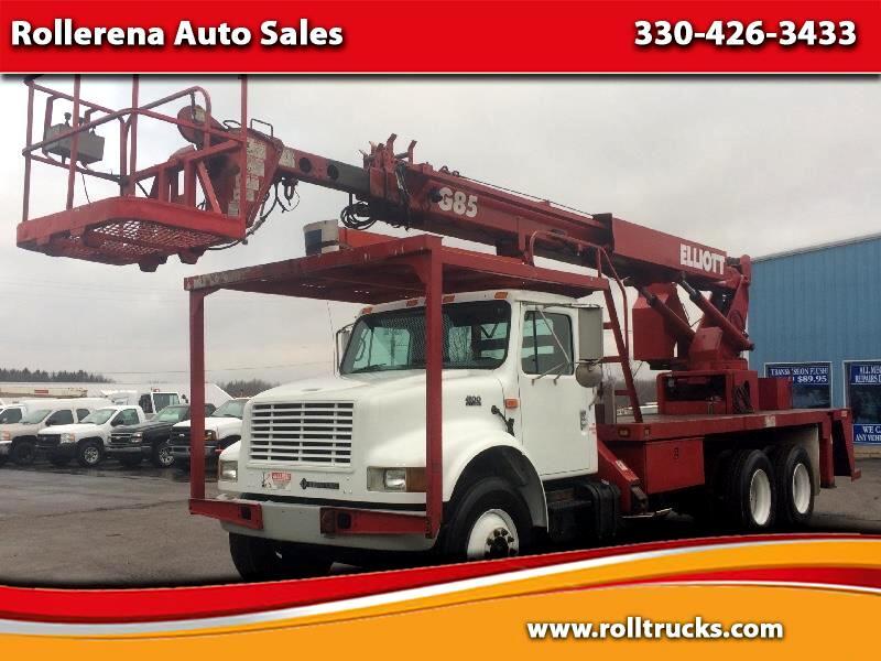 2001 International 4900 Bucket Truck