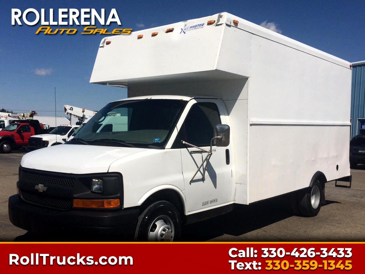 2004 Chevrolet 3500 Box Truck