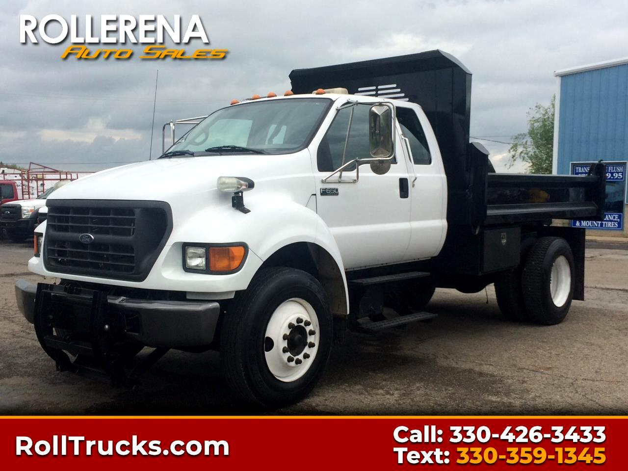 2001 Ford Super Duty F-650 Dump Truck