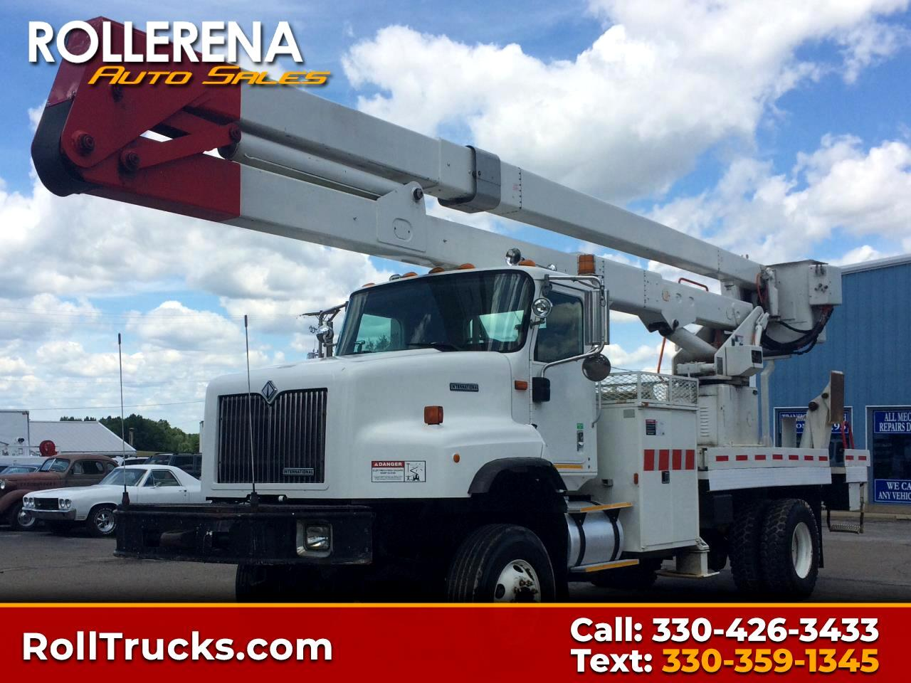2001 International 5600 Bucket Truck