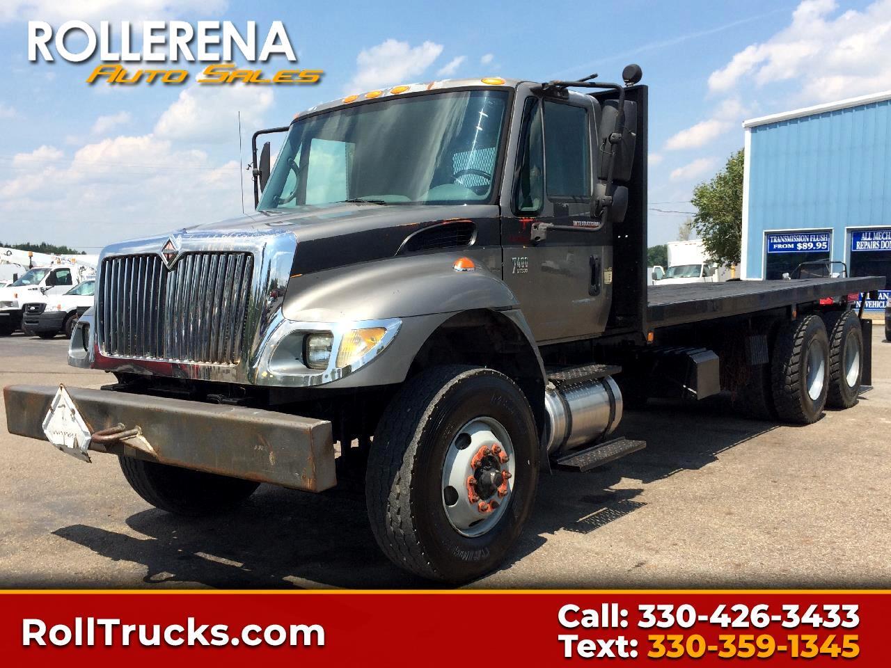 2004 International 7400 Flatbed Truck