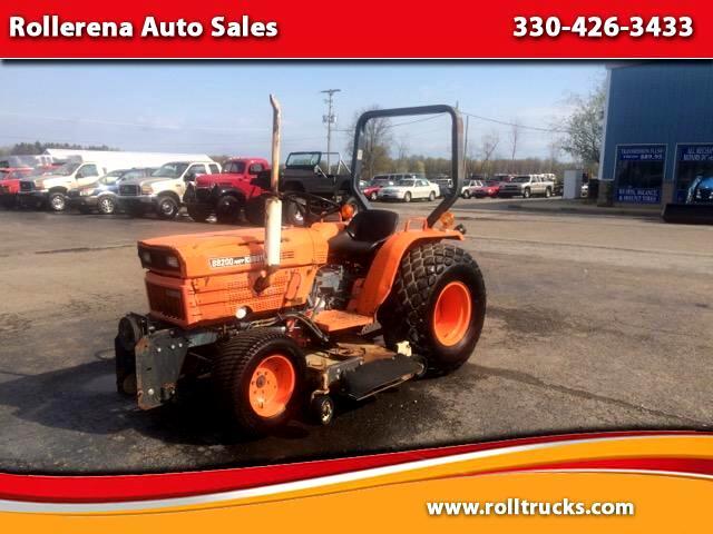 1984 Kubota B8200 Tractor