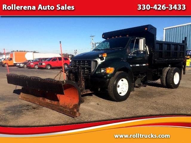 2002 Ford F-750 Regular Cab 2WD DRW