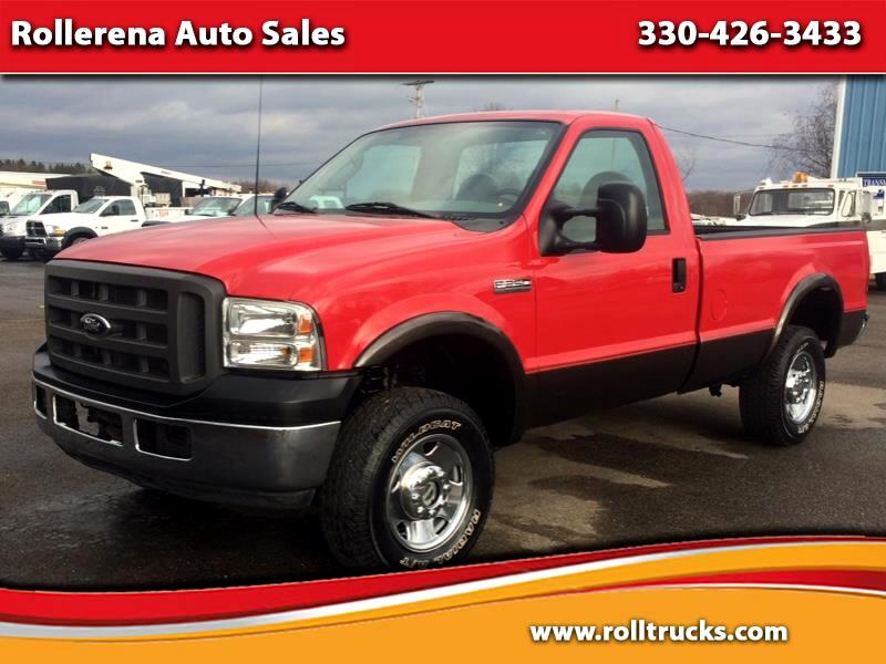 "2005 Ford F-250 SD Reg Cab 137"" XL 4WD"