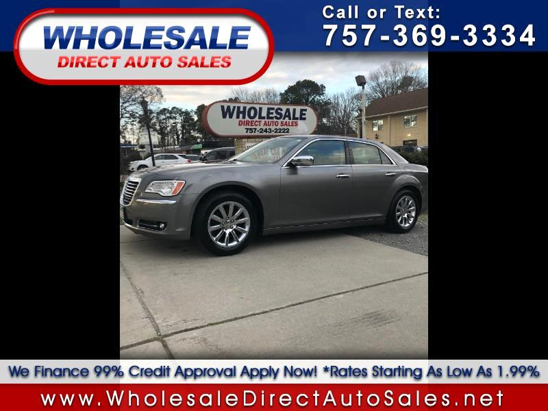 Chrysler 300 4dr Sdn Limited RWD 2012