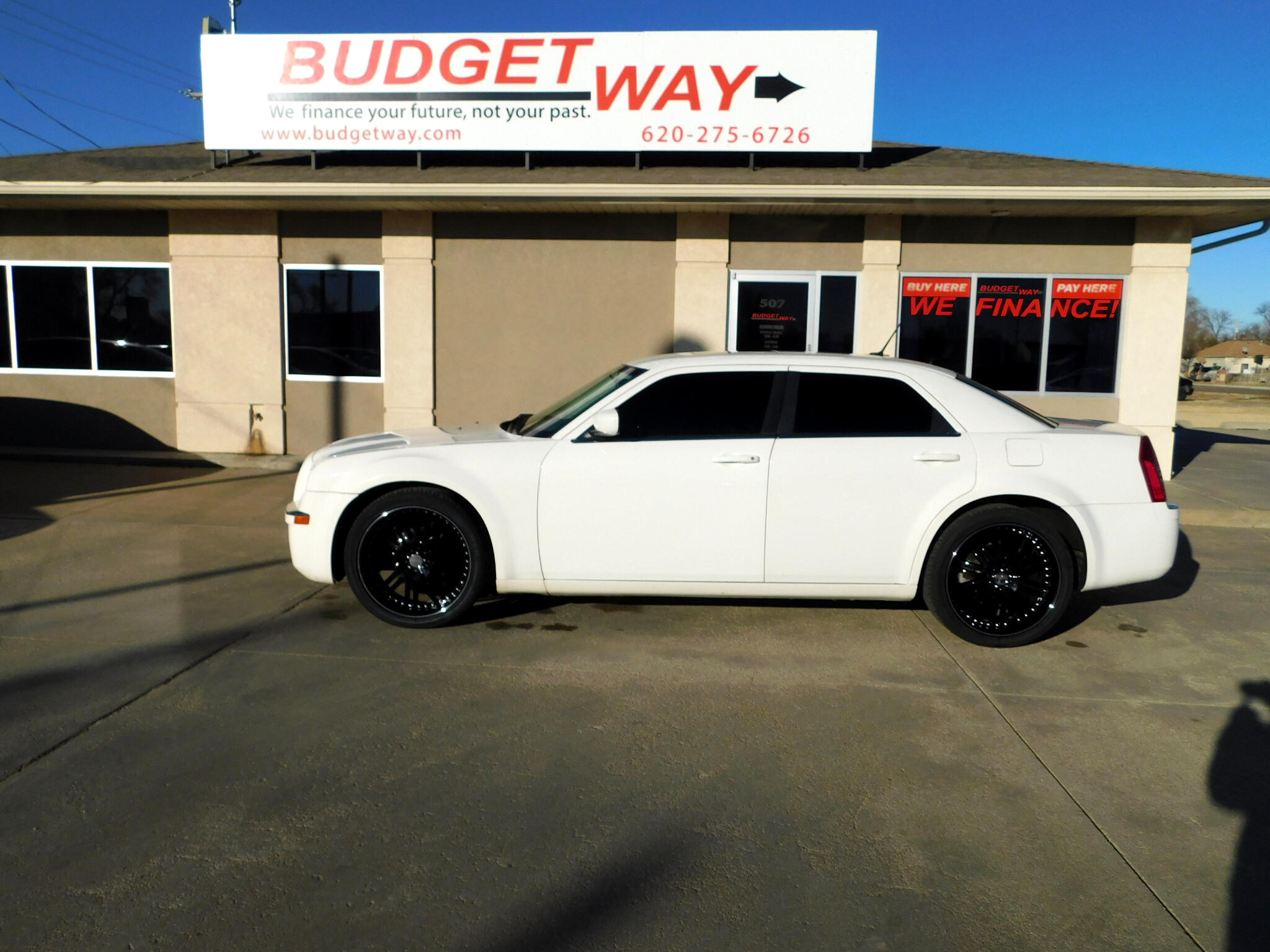 Chrysler 300 4dr Sdn 300 Limited RWD 2008