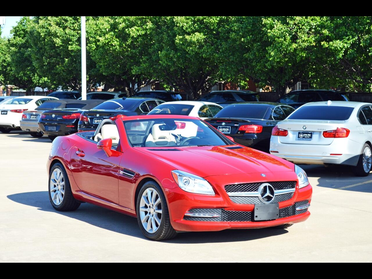 Mercedes-Benz SLK 2dr Roadster SLK 300 2016