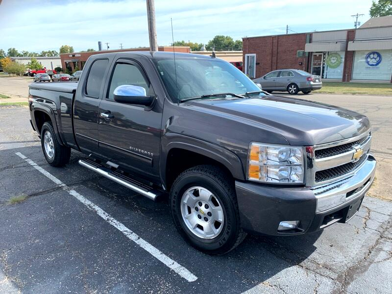 2010 Chevrolet Silverado 1500 LT2 Ext. Cab Short Box 4WD
