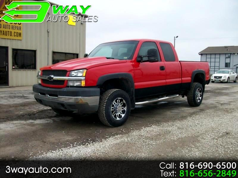 Chevrolet Silverado 2500HD LT Ext. Cab Short Bed 4WD 2003