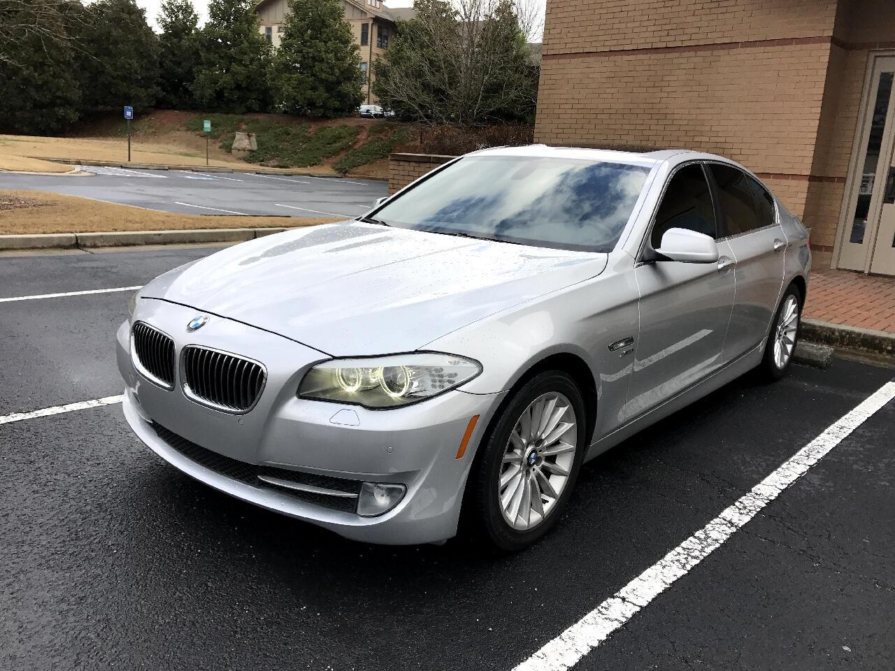 BMW 5-Series 535xi 2011