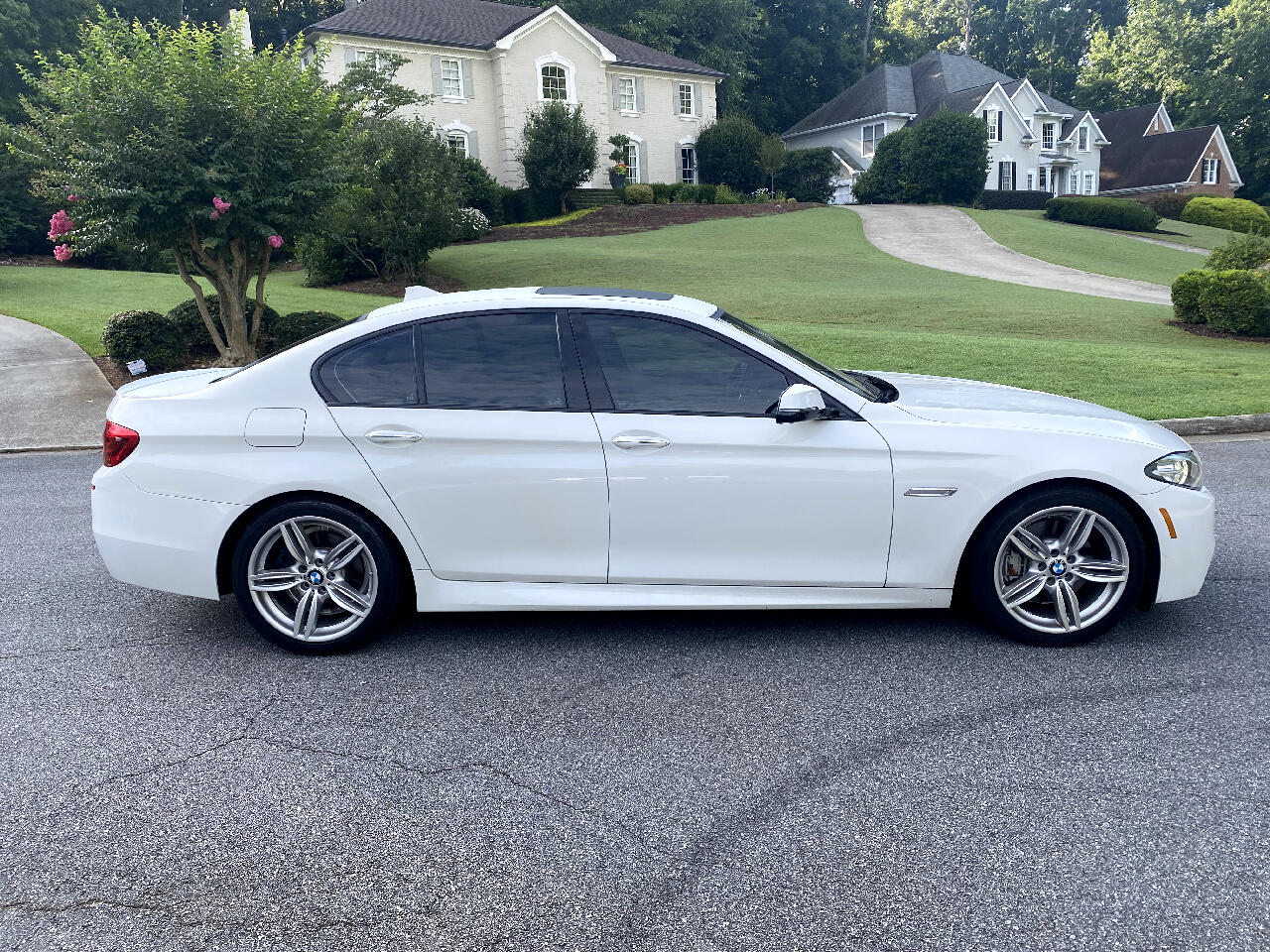 BMW 5-Series 535i 2016