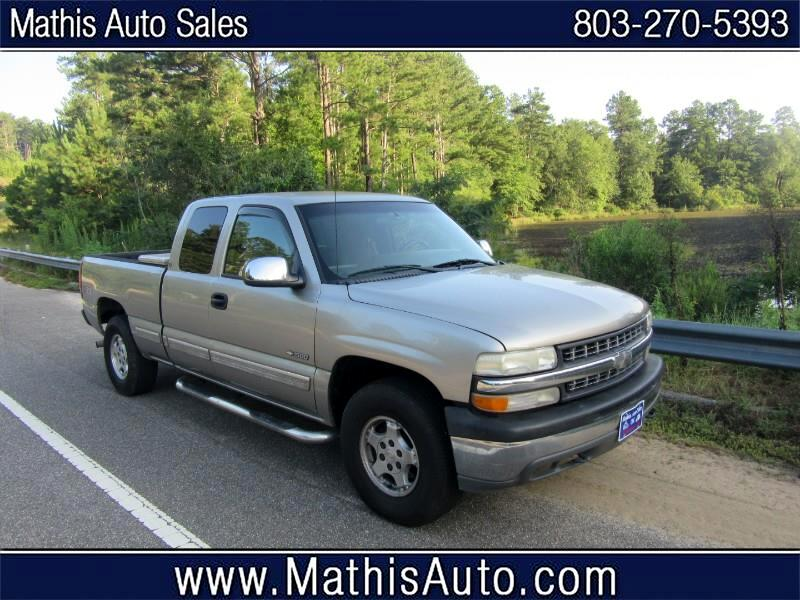 Chevrolet Silverado 1500 LS Ext. Cab Short Bed 4WD 2001