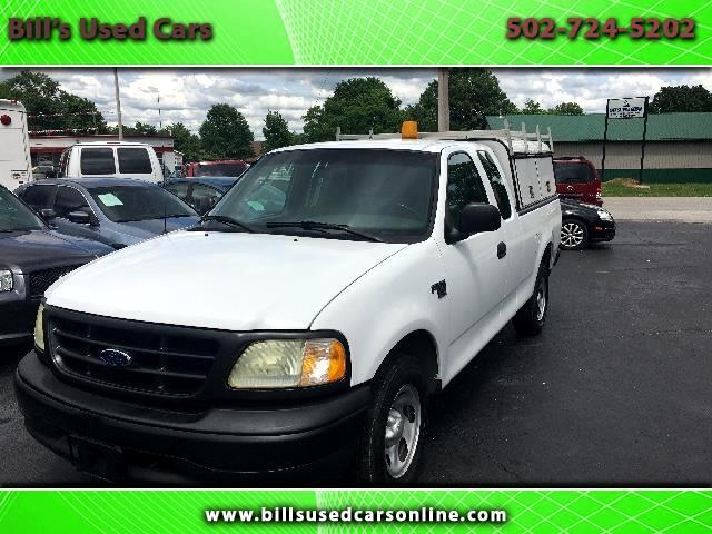 """2000 Ford F-150 2WD Reg Cab 122.5"""" XL"""