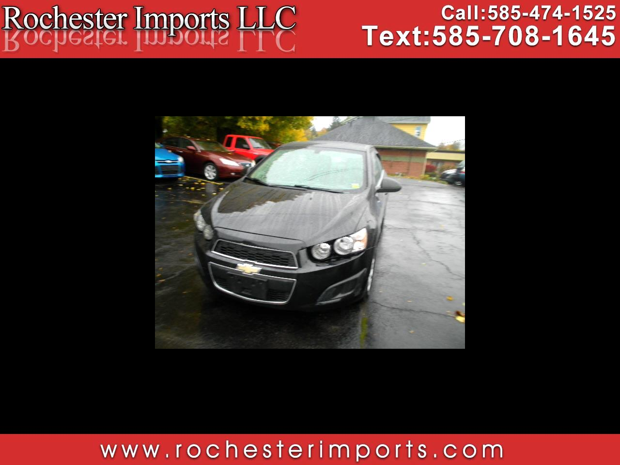 2014 Chevrolet Sonic 4dr Sdn Manual LT