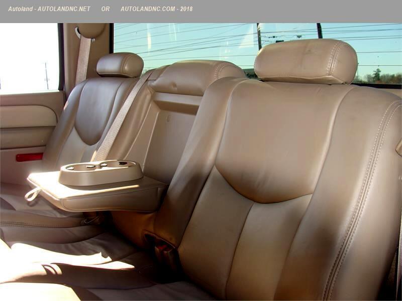 2005 GMC Sierra 1500 Denali Crew Cab Short Bed 4WD