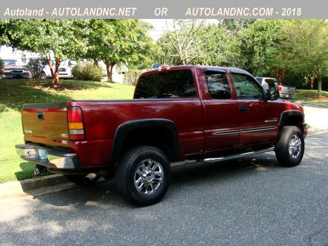2004 GMC Sierra 2500HD SLT Ext. Cab Short Bed 2WD