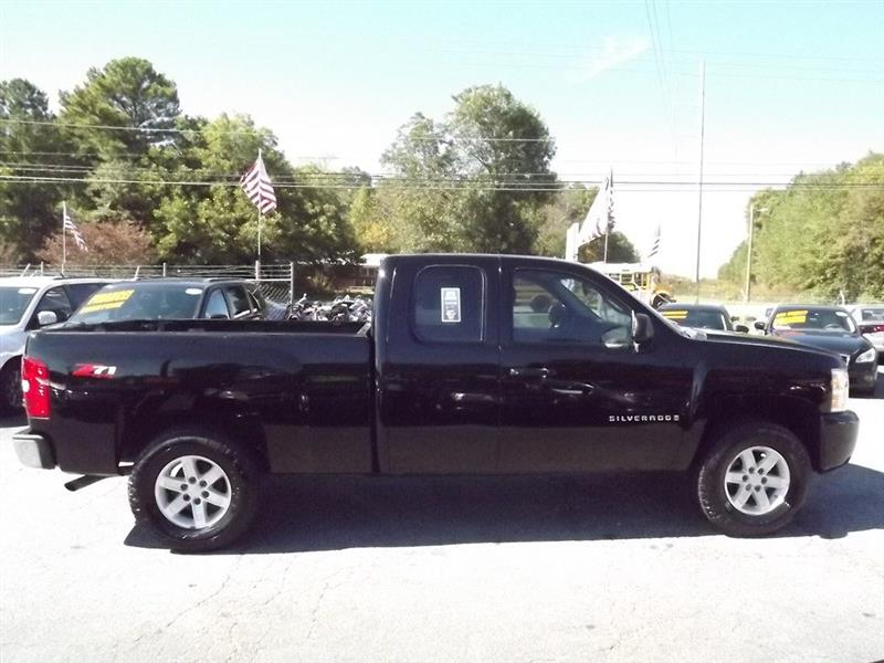 2009 Chevrolet Silverado 1500 Work Truck Ext. Cab Long Box 2WD