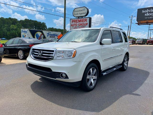 2013 Honda Pilot Touring 4WD 5-Spd AT with DVD