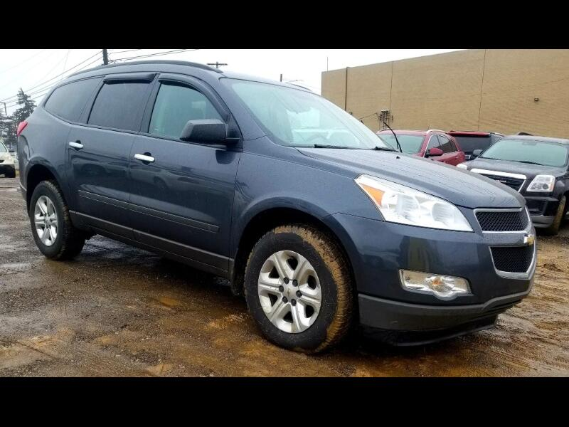 Chevrolet Traverse LS FWD 2011