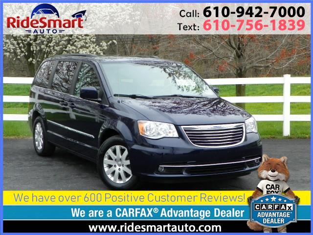 2016 Chrysler Town & Country Touring Leather DVD