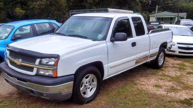 2005 Chevrolet Silverado 1500 Ext. Cab Short Bed 2WD