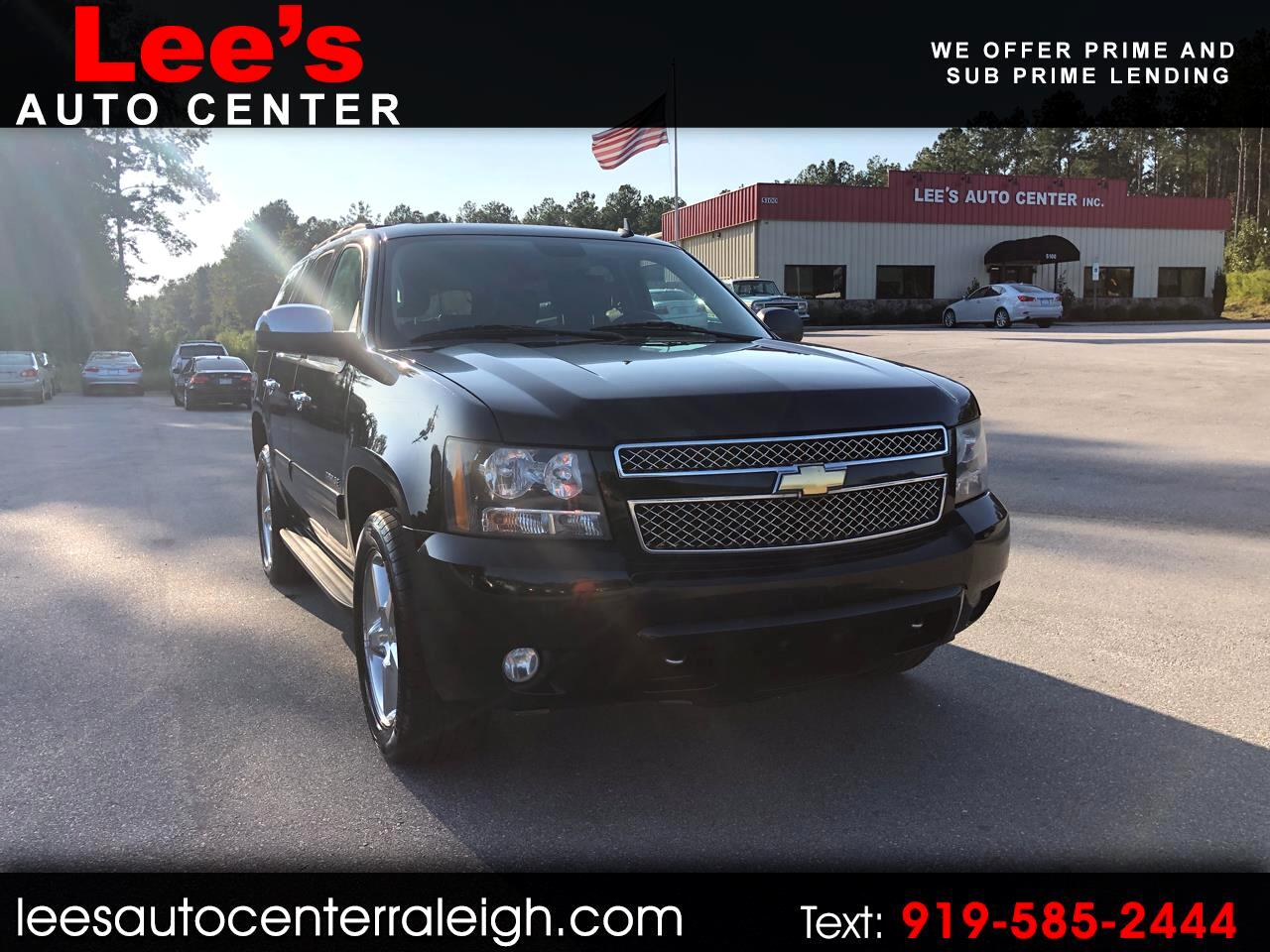 2011 Chevrolet Tahoe 4WD LT THIRD ROW SEATING, CARFAX 1 OWNER