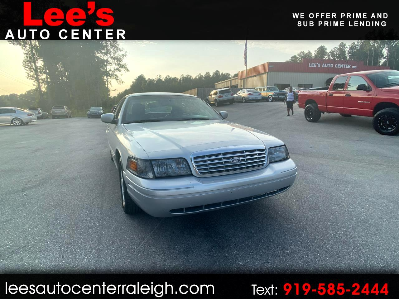 Ford Crown Victoria 4dr Sdn LX 2003
