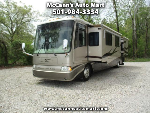 2004 Newmar Corp. Mountain Aire 4018