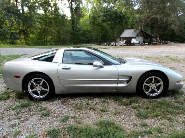 Chevrolet Corvette 2dr Cpe 2004