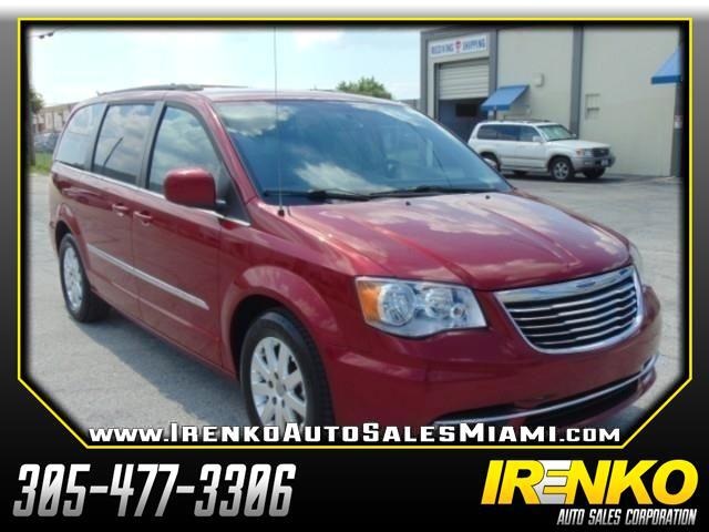 2015 Chrysler Town & Country 4dr Touring FWD
