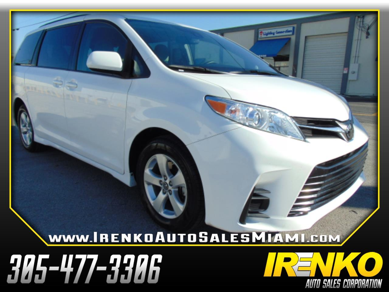Toyota Sienna LE FWD 8-Passenger (Natl) 2018