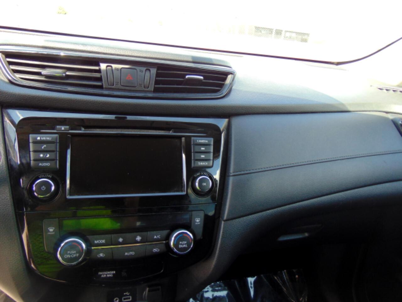2018 Nissan Rogue FWD SV