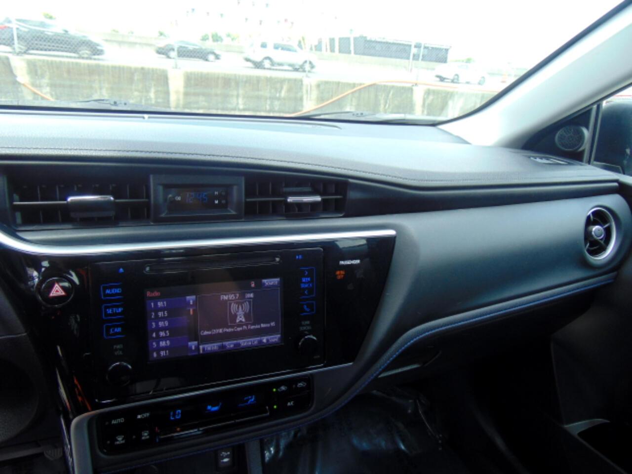 2017 Toyota Corolla LE CVT (Natl)