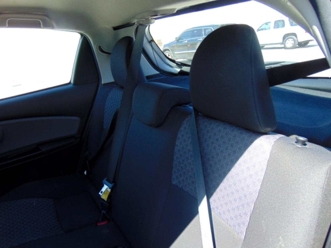 2017 Toyota Yaris 5-Door SE Auto (Natl)