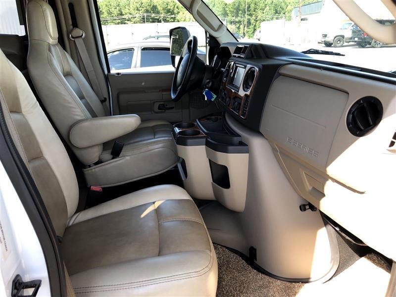 Ford Econoline  2018
