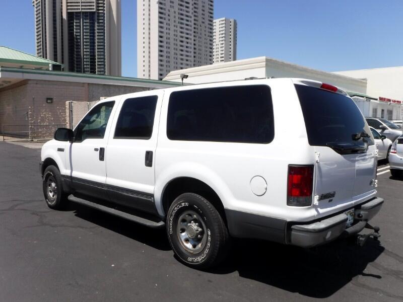 Ford Excursion XLT Value 5.4L 2WD 2003