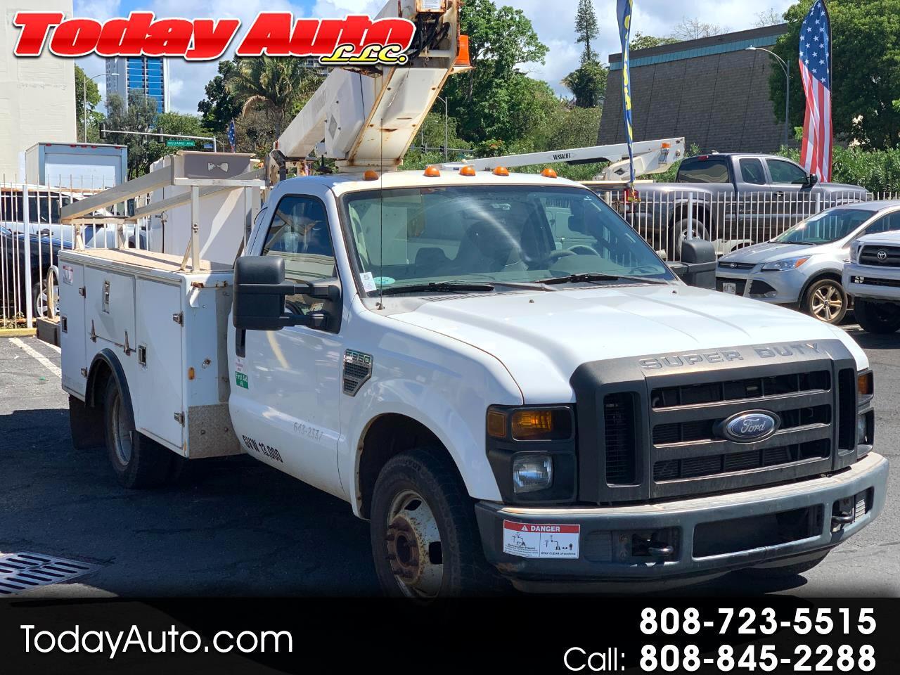 """Ford Super Duty F-350 DRW 2WD Reg Cab 141"""" WB 60"""" CA XLT 2008"""