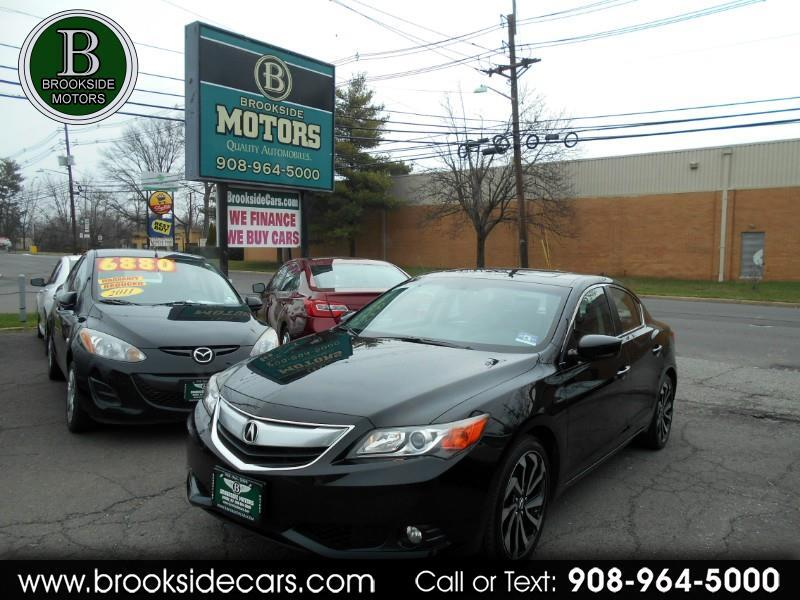 Acura ILX 5-Spd AT w/ Technology Package 2013