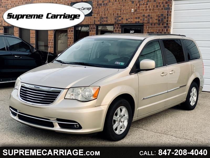 Chrysler Town & Country Touring 2013