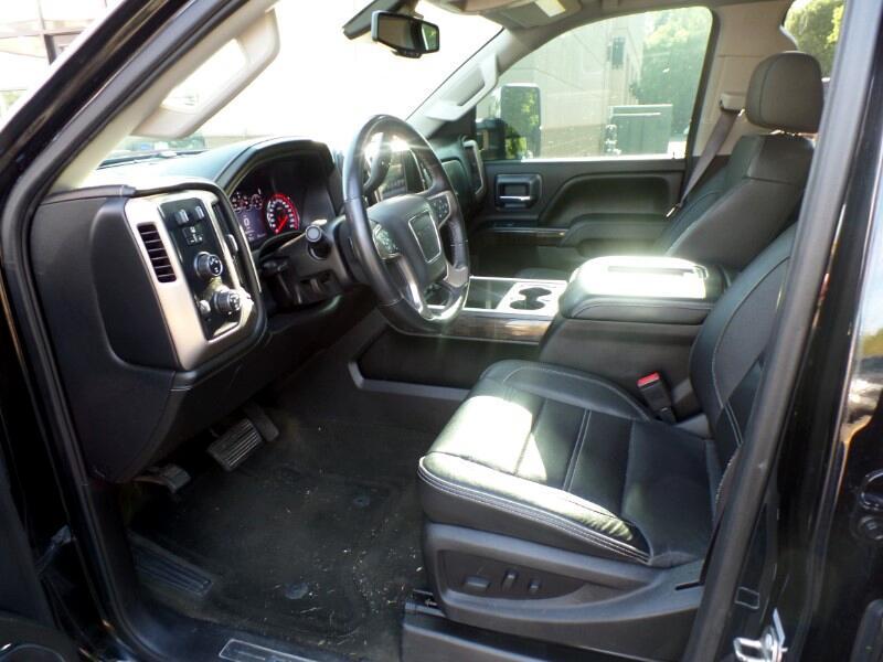 2016 GMC Sierra 2500HD Denali Crew Cab 4WD