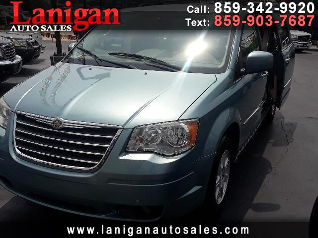 """Chrysler Town & Country 4dr 119"""" WB Limited FWD 2010"""